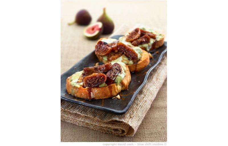 stilton and fig crostini