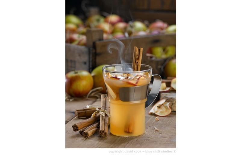 Apple & cinnamon toddy